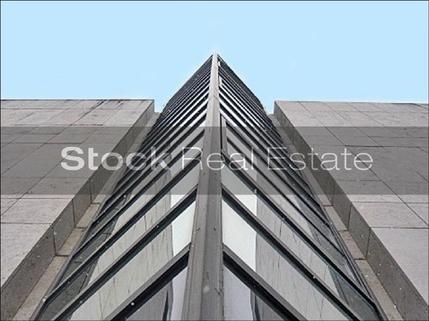 Fassade 1_prot STOCK - Moderne Bürofläche am Nymphenburger Kanal