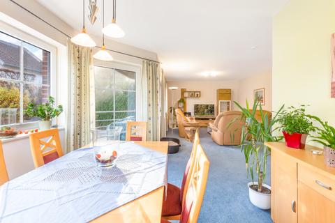 Wohn- und Esszimmer 2 Doppelhaushälften zur Kapitalanlage in bester Lage von Bad Fallingbostel