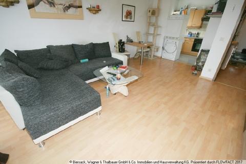 Wohnzimmer mit offener Küche Ruhig in der City wohnen!