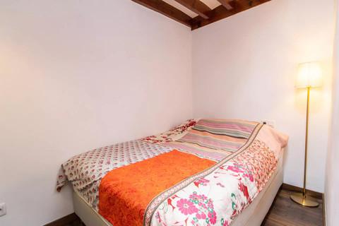 kleines Schlafzimmer Trend Zweitwohnsitz: Charmantes Penthouse mit privater Dachterrasse in der Altstadt von Palma