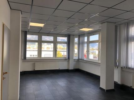 IMG_0445 Gesundheitsstudio oder Büro im GEWERBEPARK Rossau