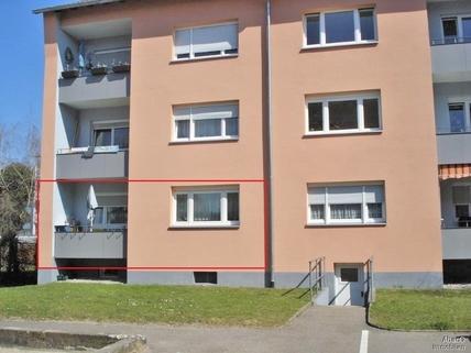 Balkon Rückseite von Gebäude Hier wohnt Ihr Geld ertragsreich!!