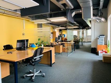 Top modernes Büro mit hervorragenden Parkmöglichkeiten in super Innenstadtlage von Kolbermoor!