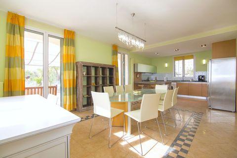 Cucina 1 Luxuriöse Villa mit herrlichem Meerblick