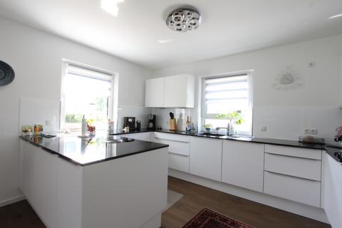 Küche -VERKAUFT- Neuwertiges Einfamilienhaus mit großem Garten in Ortsrandlage von Feldkirchen
