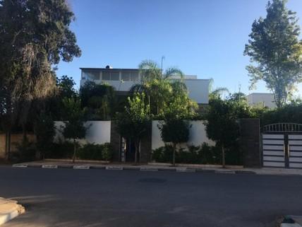 PMA0033_mvc-001f.jpg Prestige Stadtvilla im besten Stadtteil von Fés (Marokko)