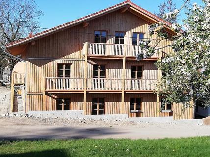 Bild 5 FLATHOPPER.de - Gemütliches Apartment mit Terrasse im Holzhaus - Baiernrain bei Otterfing