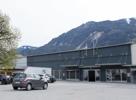 IMG_ExYello_cmyk_20180410_20 (Large) Verkaufs- und Ausstellungsflächen in Schwaz