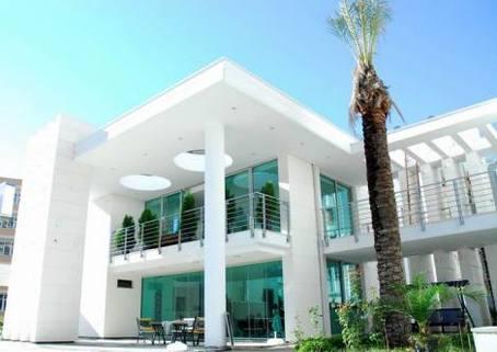 N13580002_mvc-001f.jpg Moderne Maisonettenwohnung 200 m vom Strand