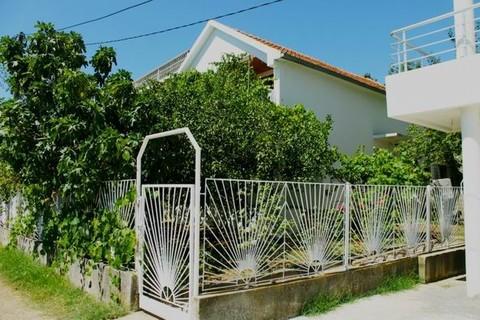 PMNE0001_mvc-001f.jpg Ferienhaus an der Adria / Montenegro / Dobra Voda
