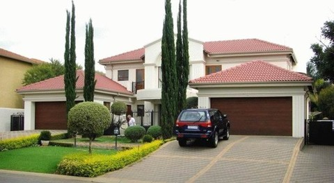 PZA0017_mvc-001f.jpg Wunderschöne Villa in Pretoria auf Golfplatz Silver Lakes