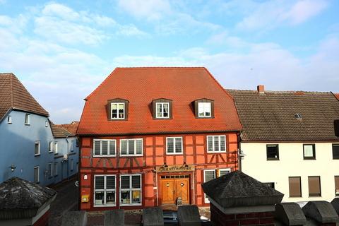 Außenansicht des Hauses Kapitalanleger aufgepasst! Lukratives Wohn- und Geschäftshaus  im Zentrum der Warbelstadt Gnoien!