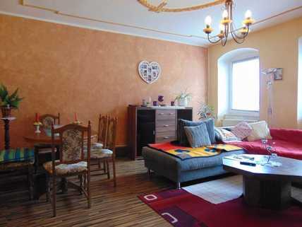 Wohnzimmer OG Großes Haus zum kleinen Preis!