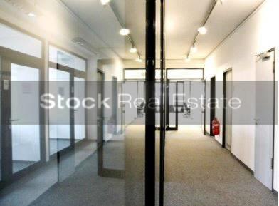 Eingang_prot STOCK - Büroflächen in Bogenhausen