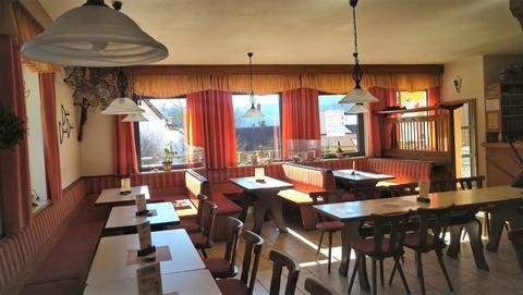 Gastzimmer Wohn- und Geschäftshaus - Gut gehende, alt eingesessene  Gastronomie mit  Ferienwohnungen