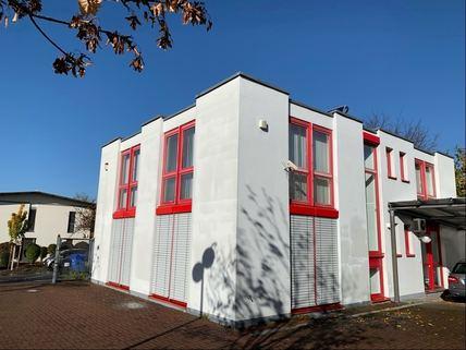 Ansicht Süd/Ost Bürogebäude Ideale Kombination aus Gewerbe und Wohnen