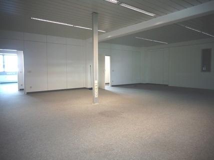 Großraum STOCK - Moderne Büroeinheit mit praktischem Grundriss