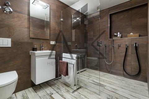 Luxusduschen UG Exklusive 3,5 Zimmer Gartenwohnung mit Souterain, Sauna und Privatgarten verkauft.