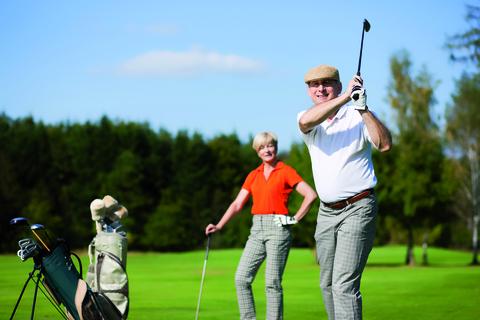 Golf Neubau: 3 Zimmer Gartenwohnung mit Hobbyraum,2 Bädern und Privatgarten!