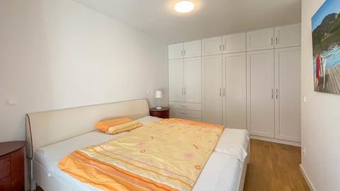 Schlafzimmer Hochwertig ausgestattete Balkonwohnung