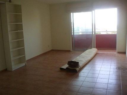 N44080055_mvc-001f.jpg Schöne Wohnung mit Terrasse und Aussicht.
