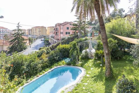 Giardino e piscina Villa Italien im Liberty-Stil