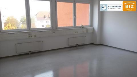416 Großzügig geschnittenes 2 Raum Büro mit Küchenraum + Klima im BIZ Wels, Top 2N20