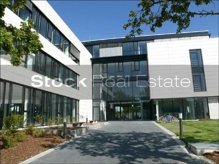 Hochwertiges Bürogebäude STOCK - Hochwertige Büroflächen in Oberhaching