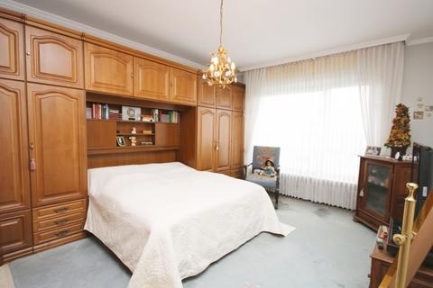Schlafzimmer Großer Wurf für Investoren!<br /> provisionsfrei