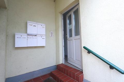 Hauseingang Kapitalanleger aufgepasst! Lukratives Wohn- und Geschäftshaus  im Zentrum der Warbelstadt Gnoien!