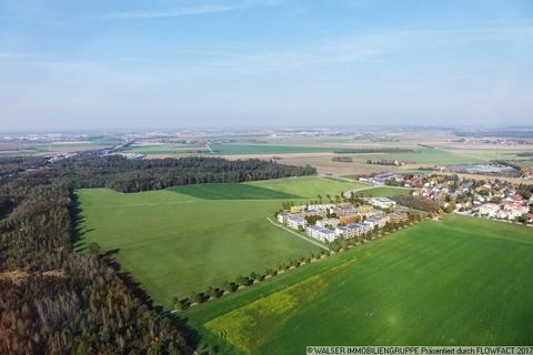 Luftbild Attraktive 2-Zimmerwohnung: Raumwunder mit wunderbarem Blick ins Grüne