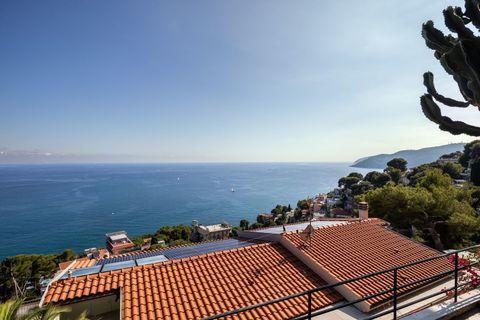 View Wunderschöne zeitgenössische Villa in Andora - ITA