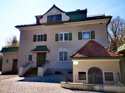 Herrschaftliche Villa RARITÄT: HERRSCHAFTLICHES ANWESEN IM NONNTAL ZUM VERKAUF