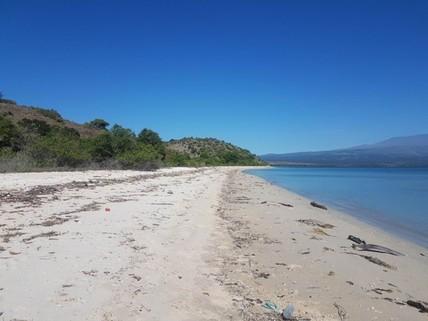 PRI0017_mvc-001f.jpg Grundstück mit Meerblick und am Strand