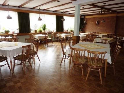 Saal Hotel mit Gaststätte in Rethem Aller!