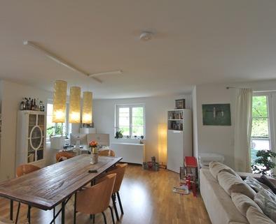 Essbereich Helle, neuwertige 3-Zimmer-Wohnung mit Balkon in ruhiger Lage von Harlaching