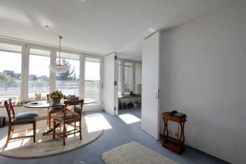 Wohnen RESERVIERT !!! ERBBAURECHT: 2-Zimmer-Wohnung mit Balkon in ruhiger, zentraler Lage Haidhausen nahe Gasteig