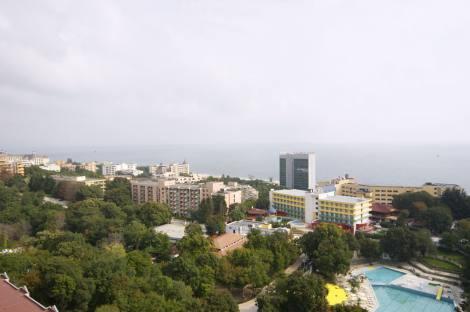 N13410001_mvc-001f.jpg A newly built luxury residential complex
