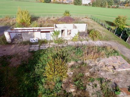 Ansicht Straßenseite Baugrundstück in Top Lage