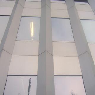 Teil der Fassade STOCK - PROVISIONSFREI - Futuristische Bürofläche im Münchner Süden