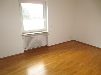 Kinderzimmer **Rarität in Waldtrudering**Stilvolle 4-Zi-Etagen-Whg. mit S/O-Balkon+West-Garten im 2-Familienhaus**