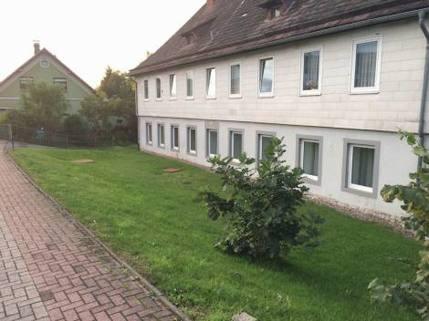 PRD12498_mvc-001f.jpg Schönes 12- Zimmer Mehrfamiellienhaus in toller Lage