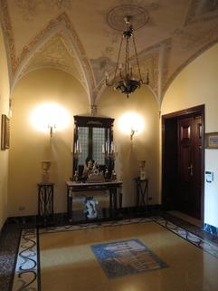Flur Bestlage ROM: exklusive Altbauwohnung im herrschaftlichen Stil Nähe Villa Borghese zu verkaufen