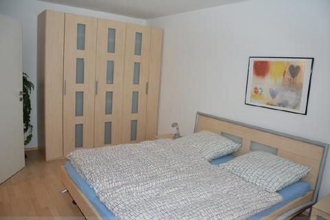 Schlafzimmer Doppelhaushälfte in Waldtrudering