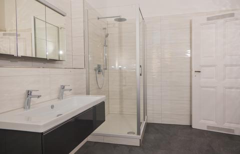 Badezimmer Wohnjuwel im Herzen von München