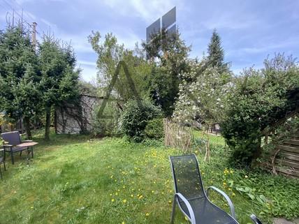 Garten Dieses romantische Reiheneckhaus wird aus dem Dornröschenschlaf erweckt werden - Ein ruhiges Domizil