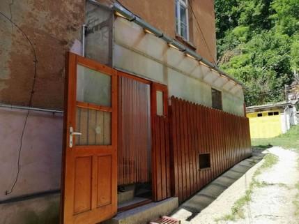 PRO0115_mvc-001f.jpg Büroraum in der Stadt von Drakula Schässburg