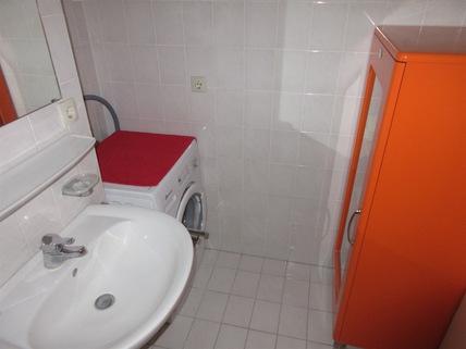 ....Waschmaschinenanschluß **An den Isarauen**Lichtdurchflutete 2-Zimmer-Wohnung mit Balkon in Unterföhring**
