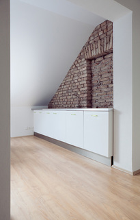 Teeküche Glockenbachviertel: Stylische Bürofläche über zwei Etagen zu vermieten