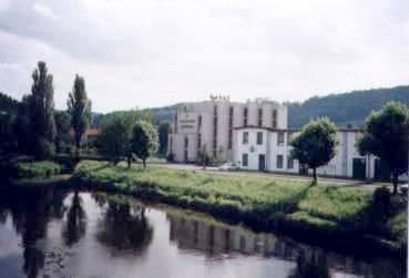 N1430193_mvc-001f.jpg Grandhotel unter den Riesengebirgen in Semily, sehr billig